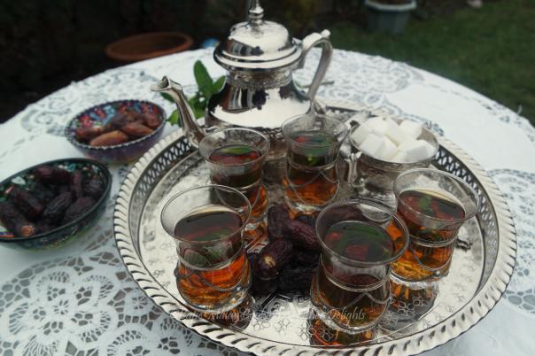 Dates & Mint Tea